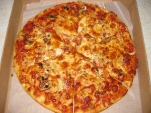 Hawaii Five-O Pizza