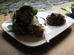 Thai Wraps with Ginger Raisin Chutney