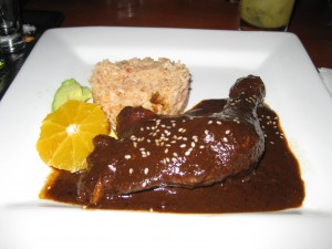 Pollo con Mole Negro