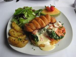 Smoked Salmon Florentine Croissant Sandwich