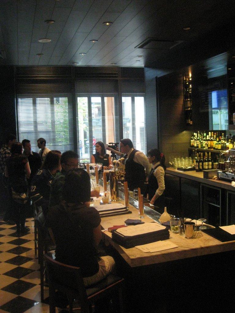 tableau de restaurant tableau bar bistro restaurant de comida rpida with tableau de restaurant. Black Bedroom Furniture Sets. Home Design Ideas