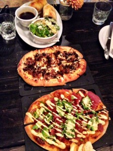 Gold Member Pizza (centre dish)