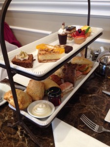 2-tiered tray