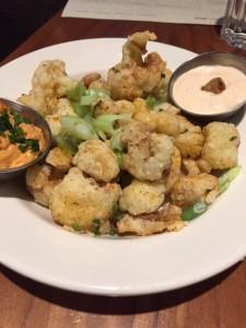 Crispy Parmessan Cauliflower Poppers