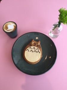 Espresso Macchiato and a Gingerbread cookie