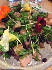 Curry oil-spiced tuna crudo