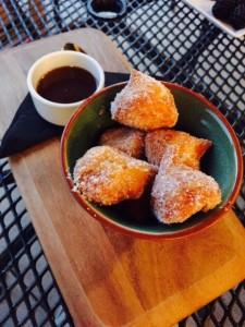 Mug O Donuts