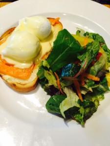 Salmon Eggs Benedict,