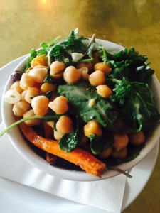 Chickpea and Roasted Carrots salad