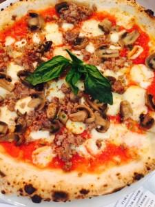 Boscaiola pizza