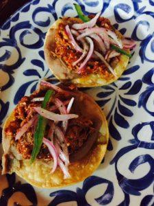 Cochinita Pibil mini tostadas