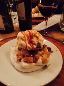 Apple Pie Pavlova